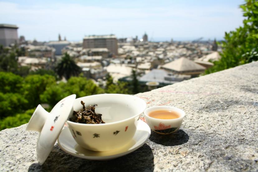 пить чай в Генуе