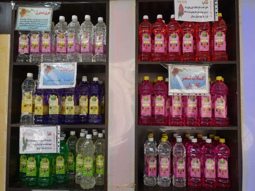 Розовая вода Кашана