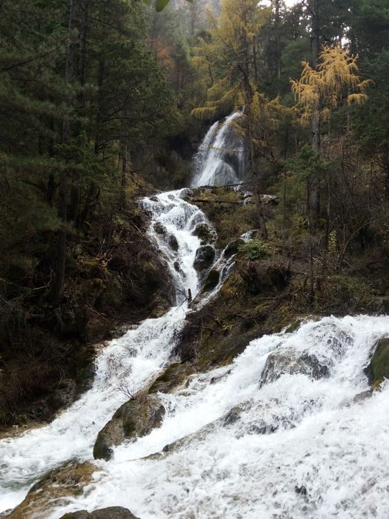 Цзичжайгоу водопад Китай