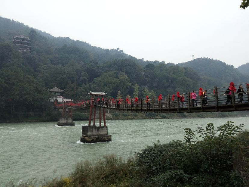 плотина 2200 лет Китай