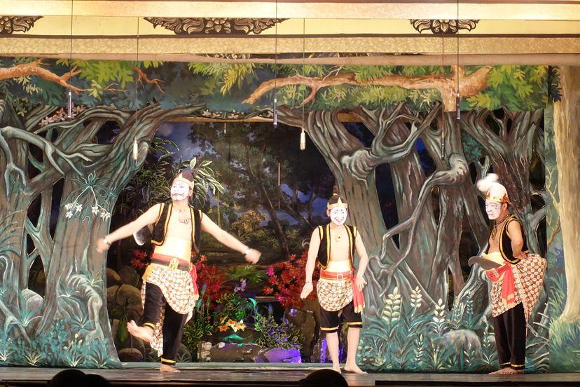 Традиционный театр Соло