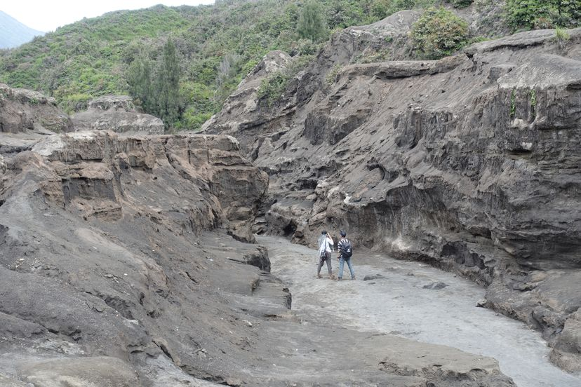 Бромо Подъем к кратеру