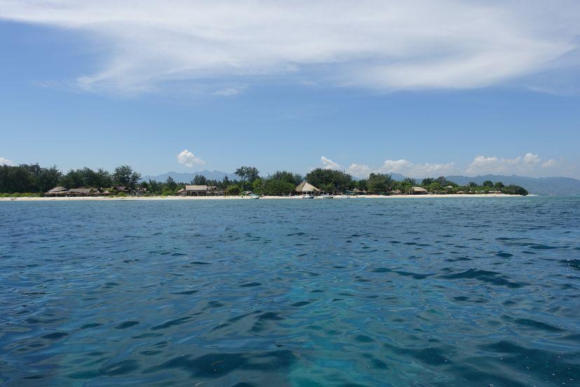 остров Мено Индонезия