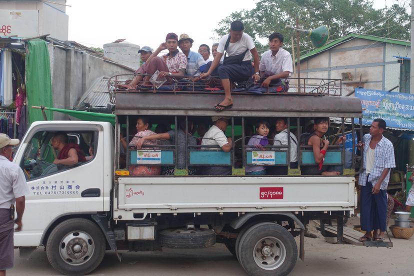 автобус в Мьянме