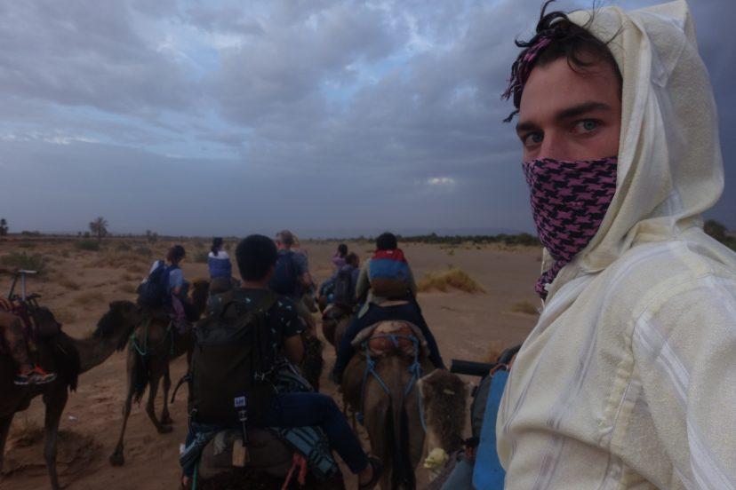 на верблюде в Марокко