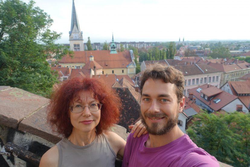 Я с мамой в Любляна, Словения. Любляна небезосновательно считается самой уютной столицей в мире. Мама решилась присоединиться ко мне на последние 10 дней моего путешествия.
