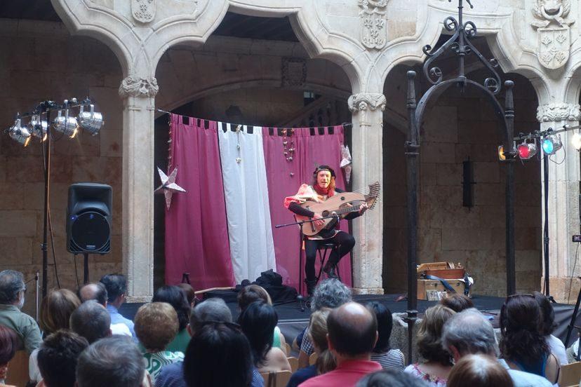 музыкант в Саламанке