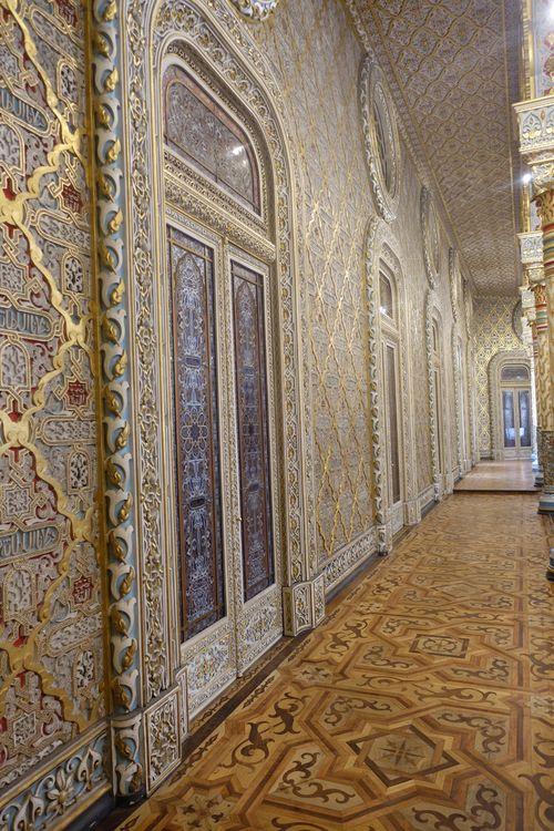 мавританский стиль во дворце Больса