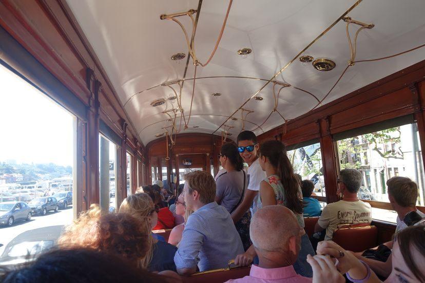 трамвай Порто