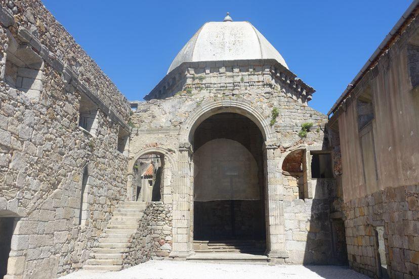 форт Порту