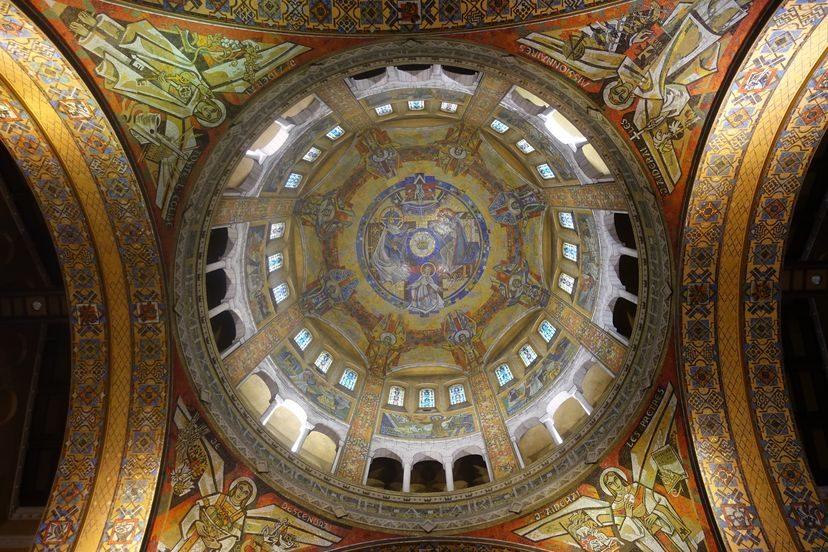 базилика святой в Лизье