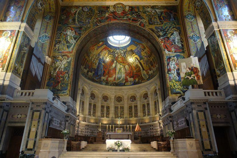 базилика в Лизье