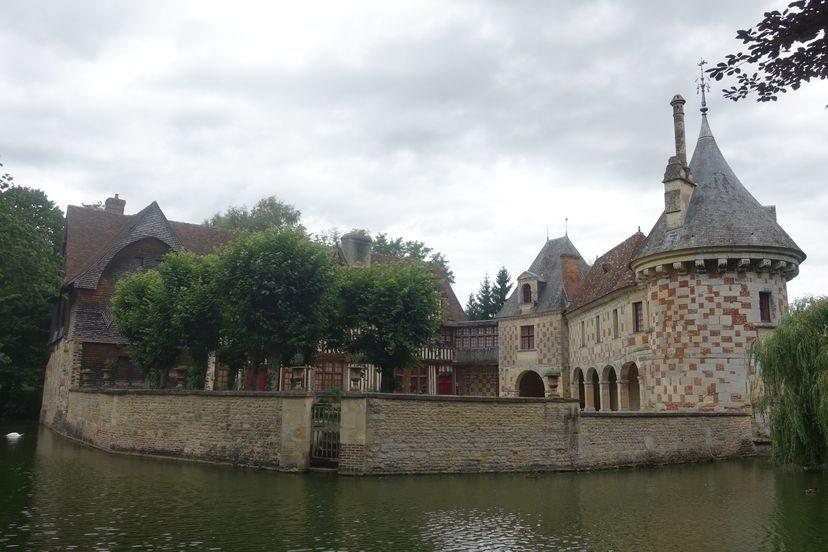 замок Сент-Жермен де Ливо