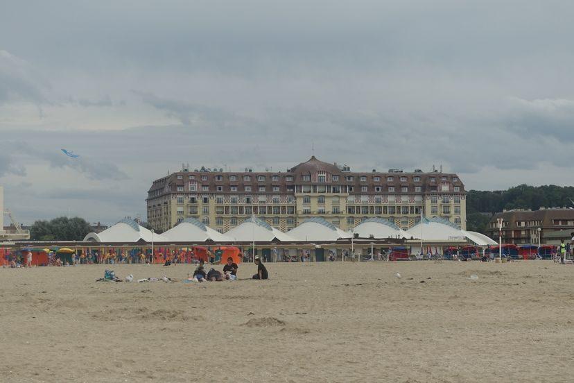 пляж Довиль Франция