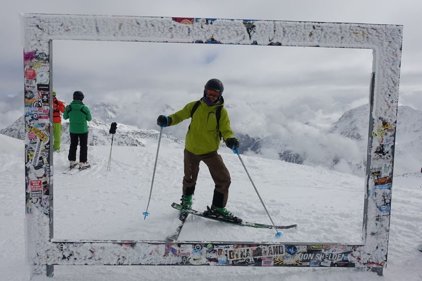 я и горные лыжи Fisher, ботинки Fisher и палочки Komperdell