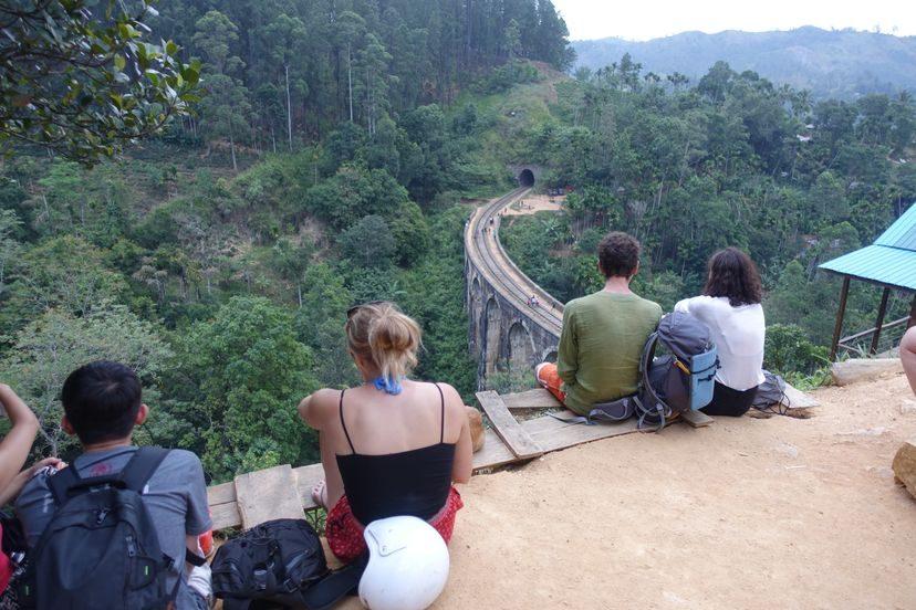 длинный мост на Шри-Ланке