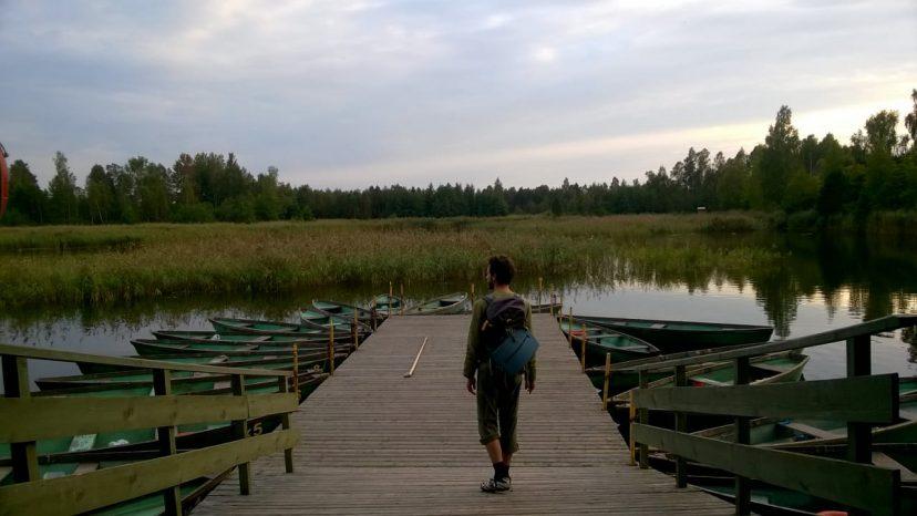 на озере Каниерис в Латвии