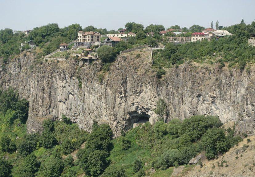 Ереван, Вагаршапат, Сагмосаванк, Гарни, Гегард. Путешествие длиною в год