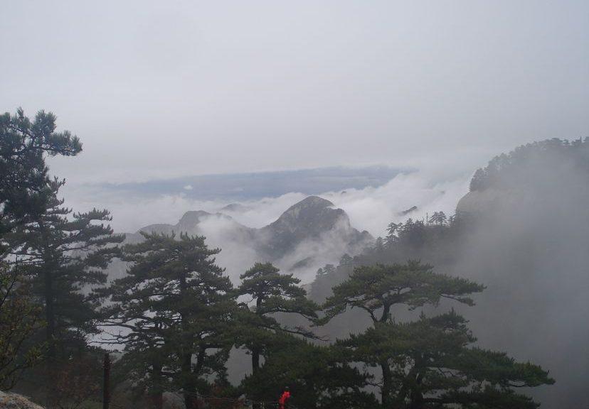 Горы ХуаШань - священные даосские горы Китая. Путешествие длиною в год