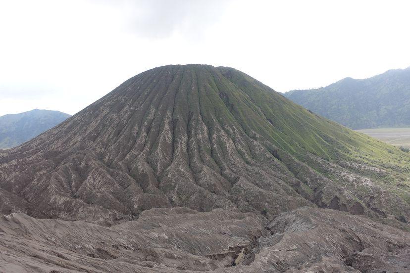 Вулкан Бромо на Яве в Индонезии