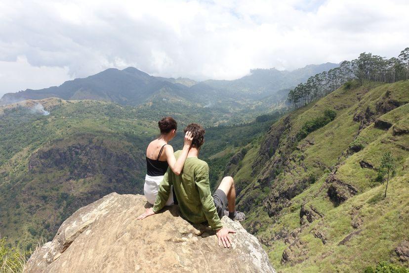 на вершине Элла Рок на Шри-Ланке