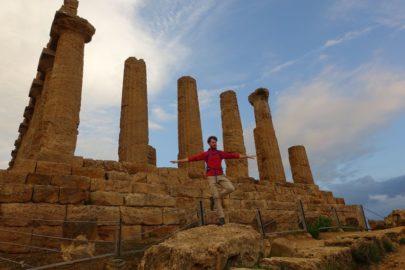 Древний храм на Сицилии.