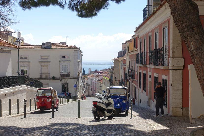 типичный Лиссабон