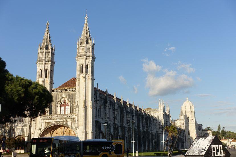 эпичный монастырь в Лиссабоне