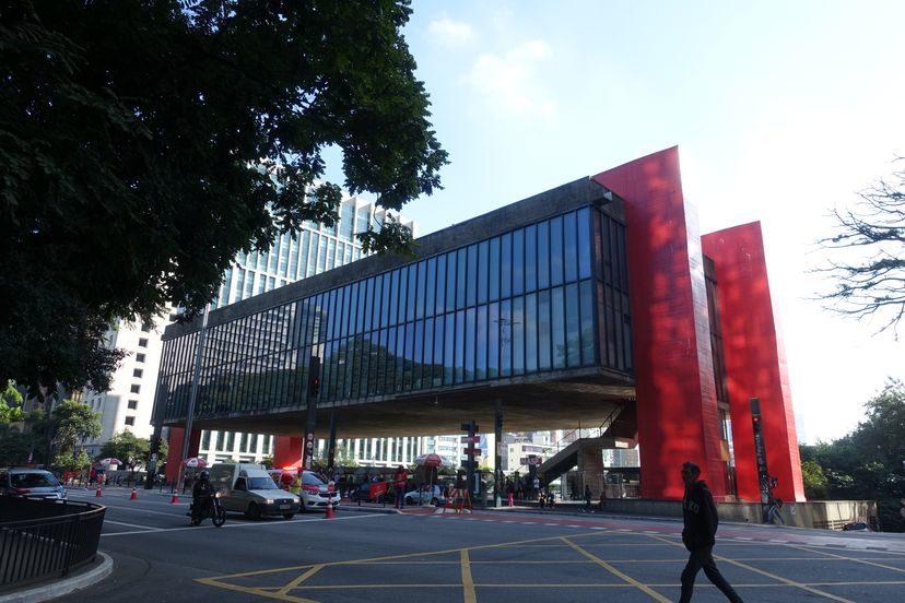 музей искусства Сан-Паоло Бразилия