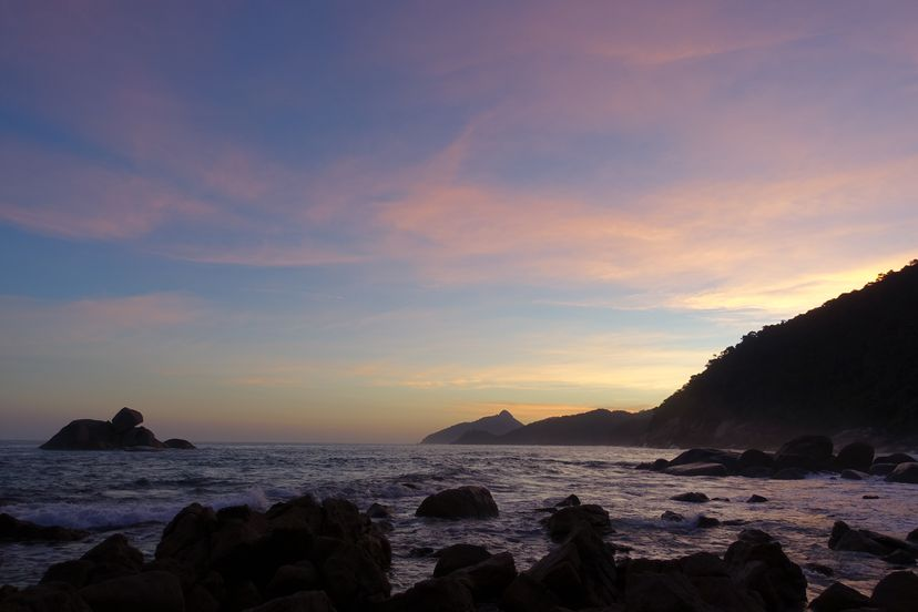 Лучший дикий пляж в Бразилии на райском острове Илья Гранде (Isle Grande)