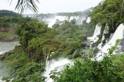 Бразилия и Аргентина водопады.